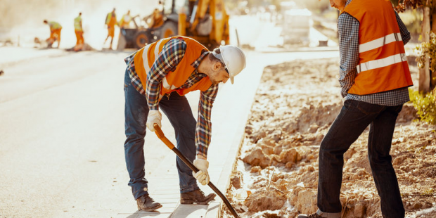 Stressful jobs such as construction workers could benefit from chiropractic care