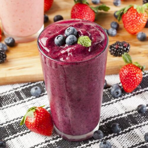 Try our delicious and easy berry breakfast smoothie with your favorite berries and protein